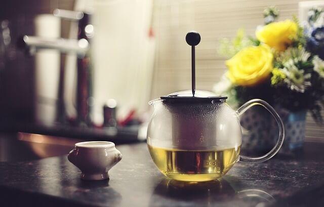 Herbata zielona w dzbanuszku