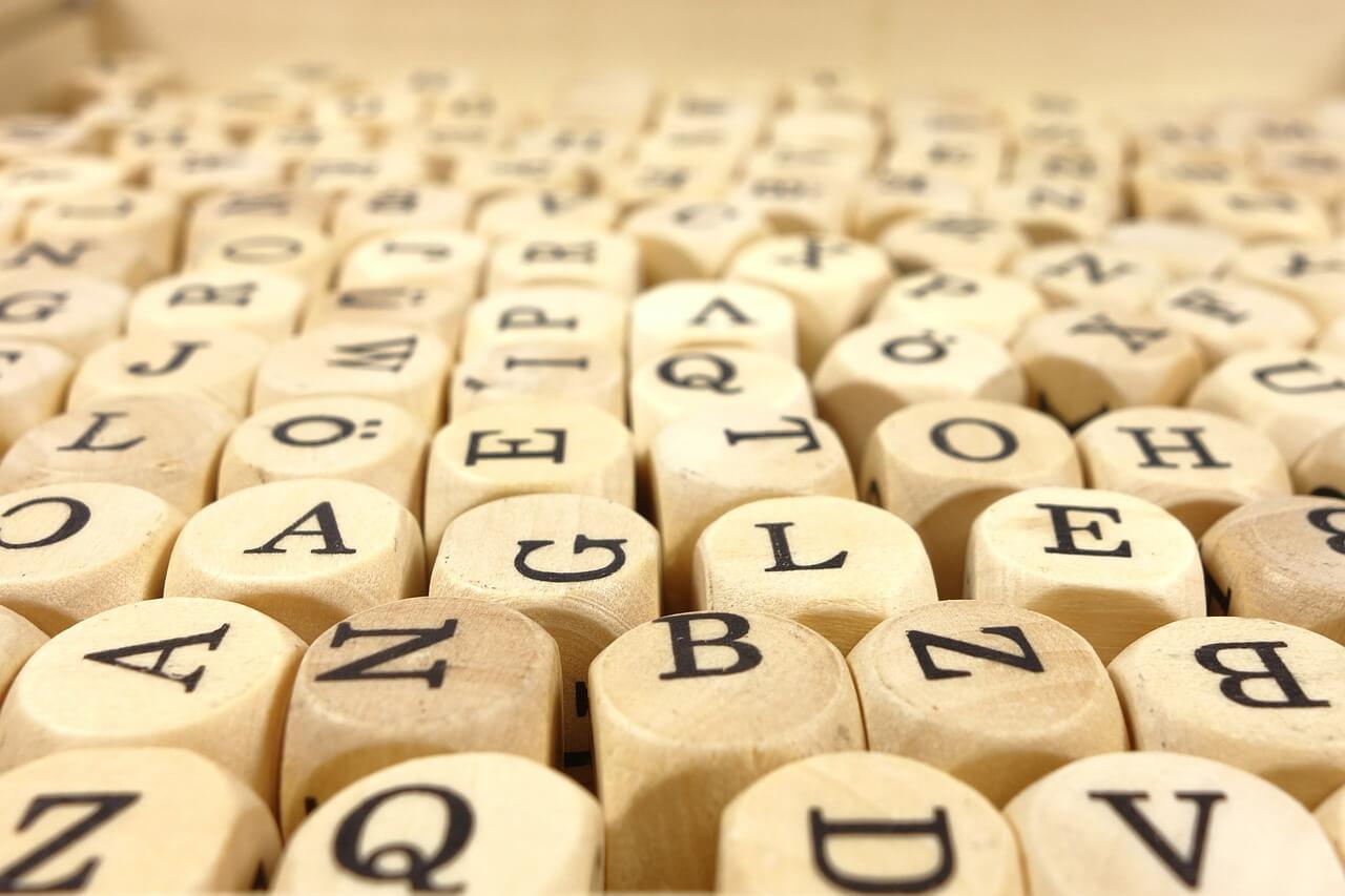klocki z literami