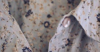 kołnieżyk sukienki koszulowej
